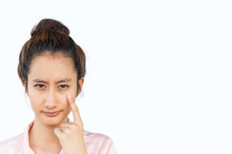 4 המלצות על מילוי שקעי עיניים